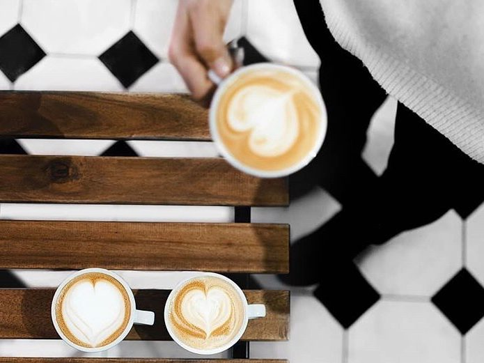 Strelka Media представляет Public talk: обсудим важное за чашкой кофе