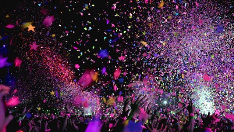 Танцы и фестивали