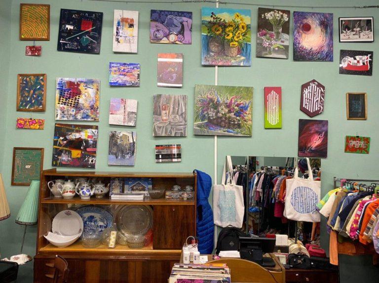 Проект «Стена с картинами»: как молодые художники заявляют о себе